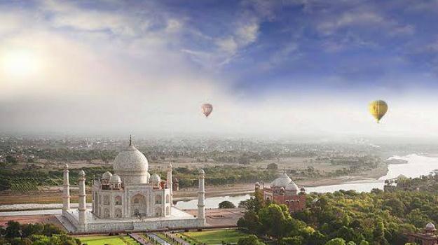 Smyle inn Taj Mahal Tour